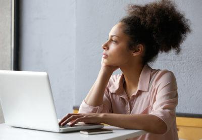 A Pessoa Em Média Experimenta Hipnose Duas Vezes Por Dia