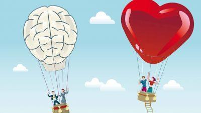 dois balões subindo sobre efeito de relacionamento emocional e intelectual