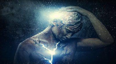 corpo fragmentado e soltando luzes